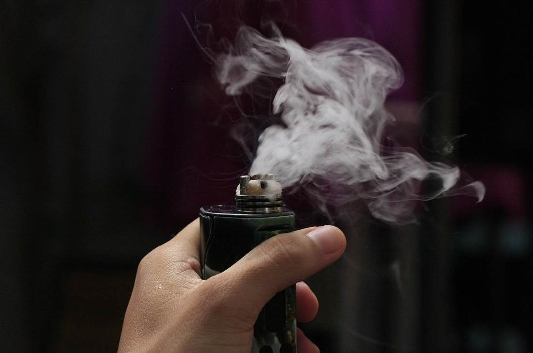 Rokok Elektrik Vape dan pengarugnya untuk kesehatan