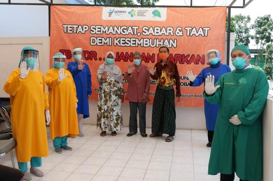 Wisuda Sembuh Pasien TB Resisten Obat RSPAW Salatiga